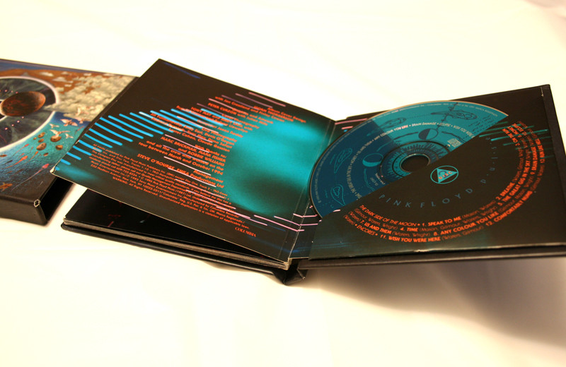 Hardboard book printing with cd dvd disc