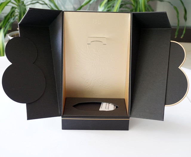 OEM High-End Luxury Rigid Anniversary Wine Box