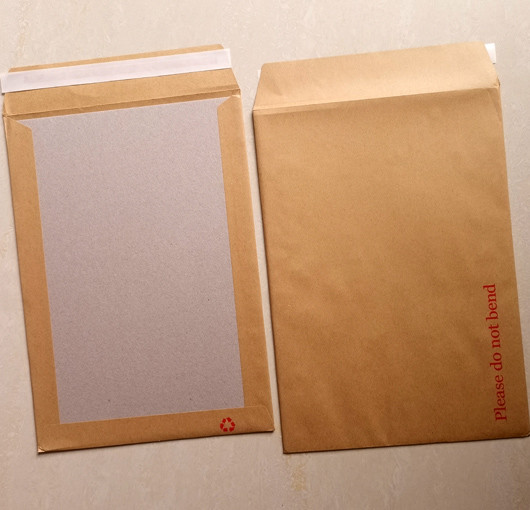 1000mic grey board faced with 120gsm kraft paper Boardback envelopes