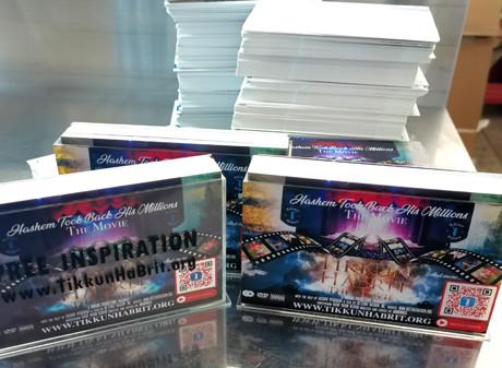 PP printing cards in display acrylic box die-cutting&printing advertisement